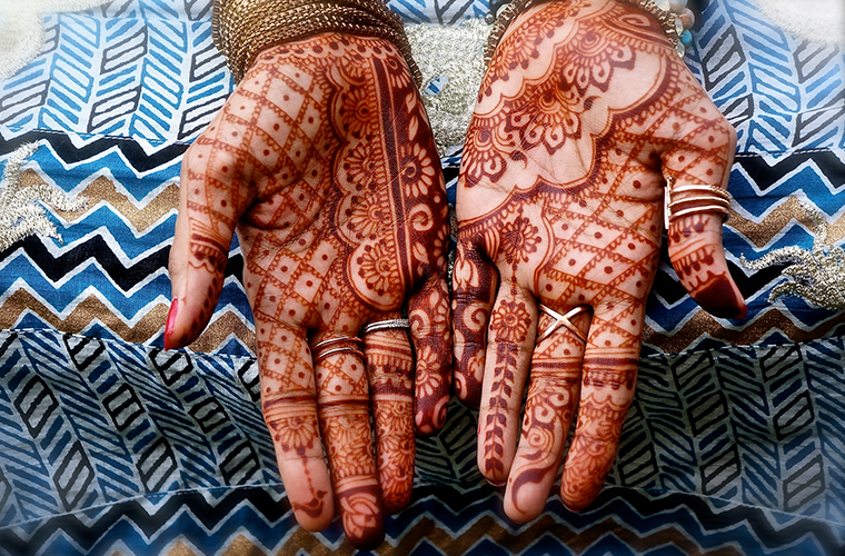 """Keeping your Henna on trend ft. """"Sara's Henna"""""""